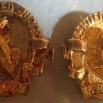 AKCA Judge Pin Gold without pattern on Koi (right)