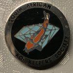 SAKKS - Kohaku on blue diamond, black background - 5 year small pin