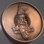25th Holland Koi Show 2017 the 25th Anniversary dark copper Plaque pin